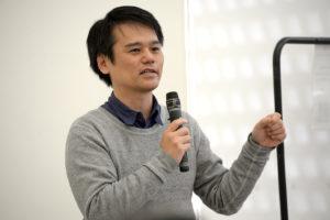 元前島アートセンター理事長の宮城潤氏