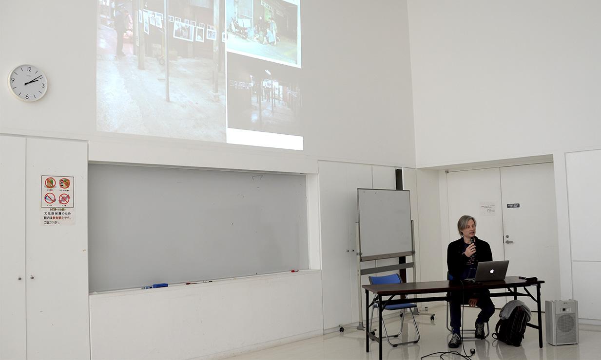 「2000年代の沖縄における美術の検証」:事例発表 ティトゥス・スプリー氏